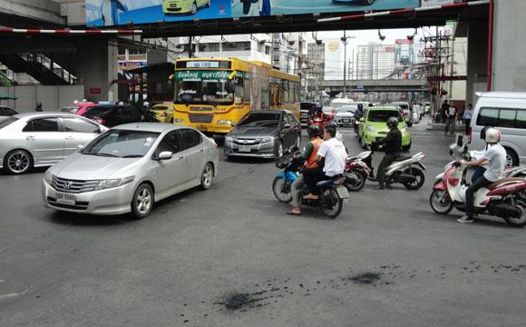 trânsito bangkok