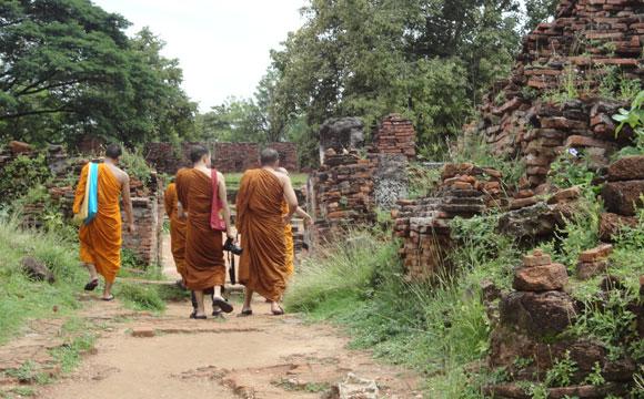 Monges também tiram fotos...