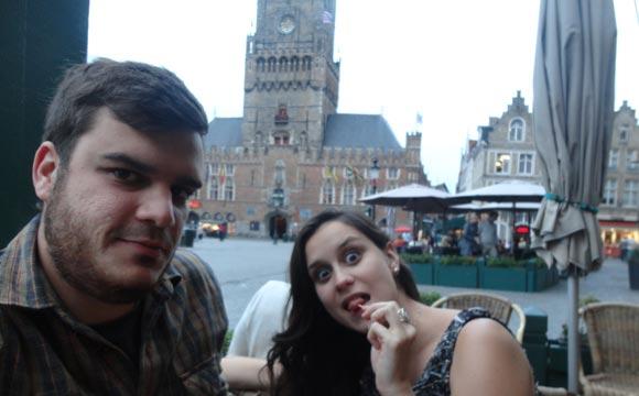 Bar na praça central Bruges