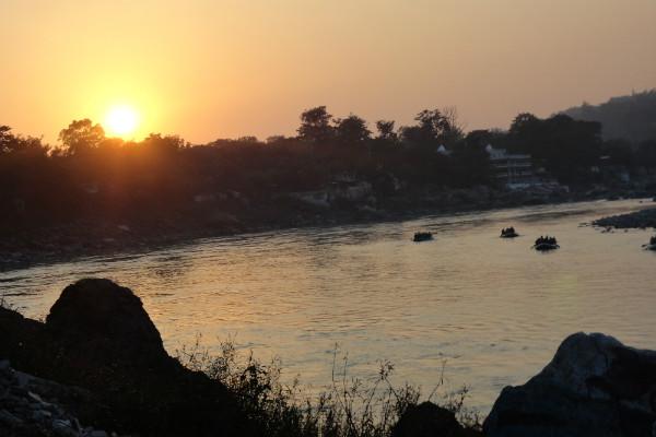 Até mesmo um lugar de paz você encontra na Índia