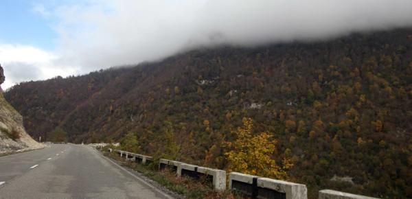 Uma das estradas mais bonitas que passamos!